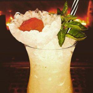 Cocktail μιλη Pizza Cocktail Bar