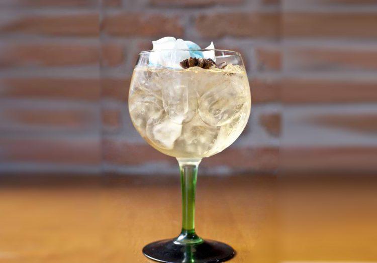 Gin Giorgos Theodorakos cocktail