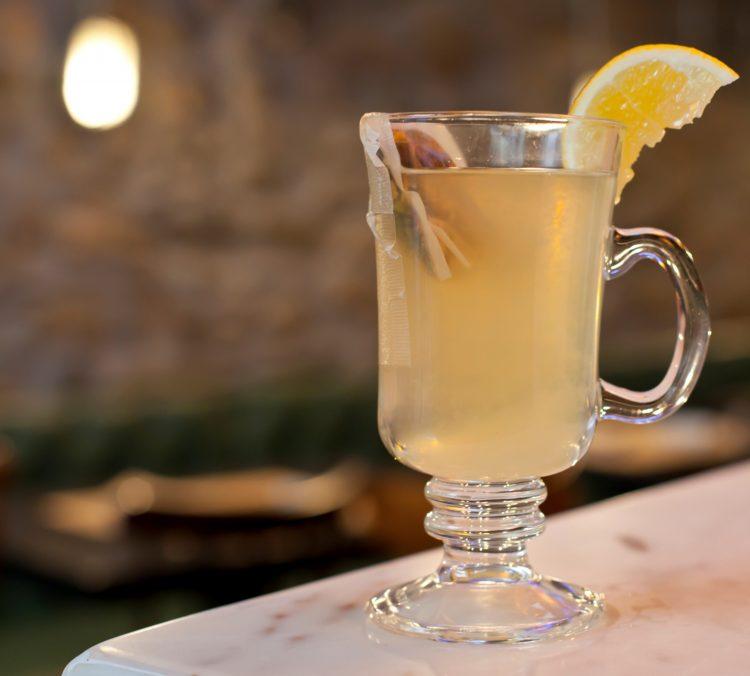 ζεστο κοκτειλ Gin Giorgos Theodorakos