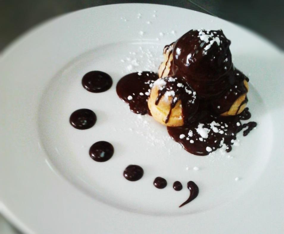 προφιτερόλ σουδάκια σοκολάτα γλυκό