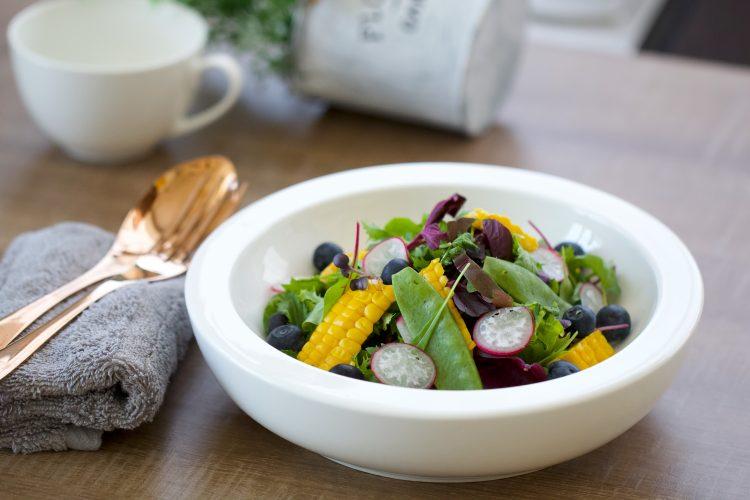 σαλάτα θρεπτική Κώστας Μαγουλάς Συνταγή μαγειρεύοντας εναλλακτικά και υγιεινά
