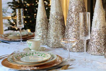 Menu Πρωτοχρονιάς Πρωτοχρονιάτικο μενού τραπέζι μενού κυρίως ορεκτικά επιδόρπια γλυκά