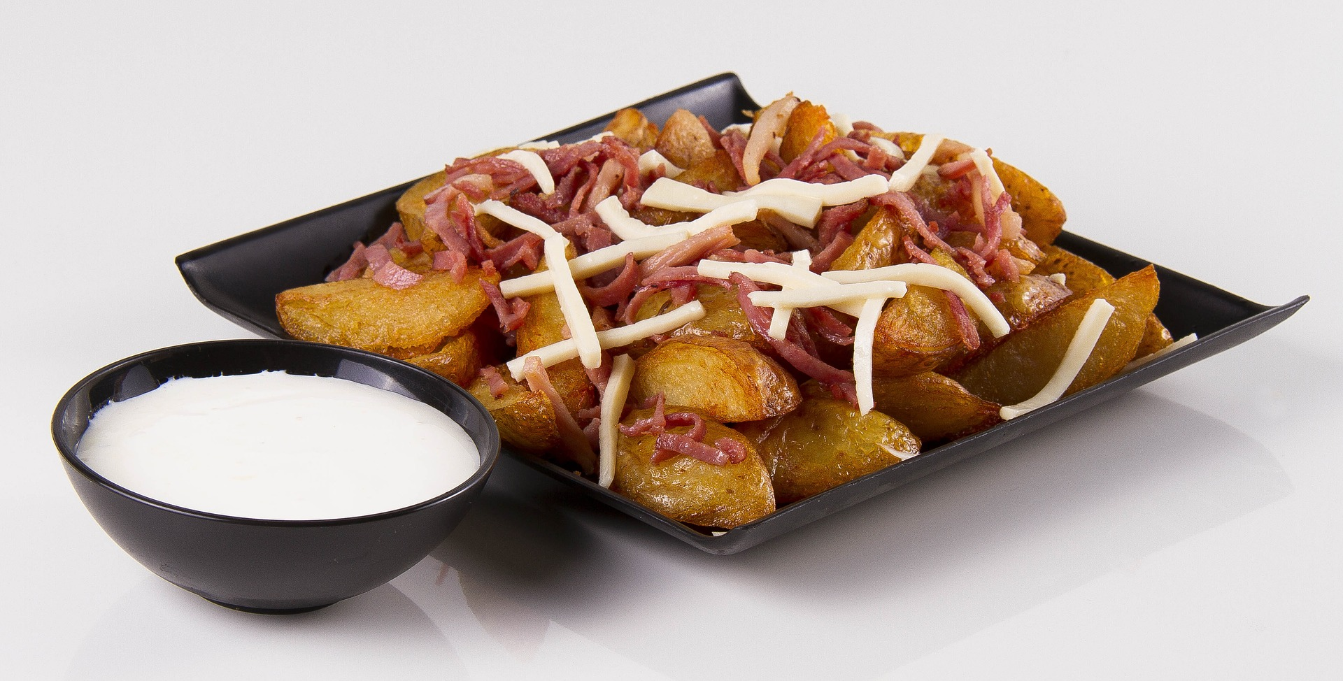 πατάτες κυδωνάτες sour cream με μπέικον κρεμώδη σως
