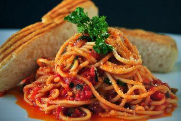 σάλτσα ντομάτας μακαρόνια σπαγγέτι ναπολιτάνα τέλεια σάλτσα για μακαρόνια και για κεφτεδάκια