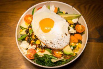ενεργειακή σαλάτα με αβγό γρήγορα και εύκολα σαλάτα energy salad